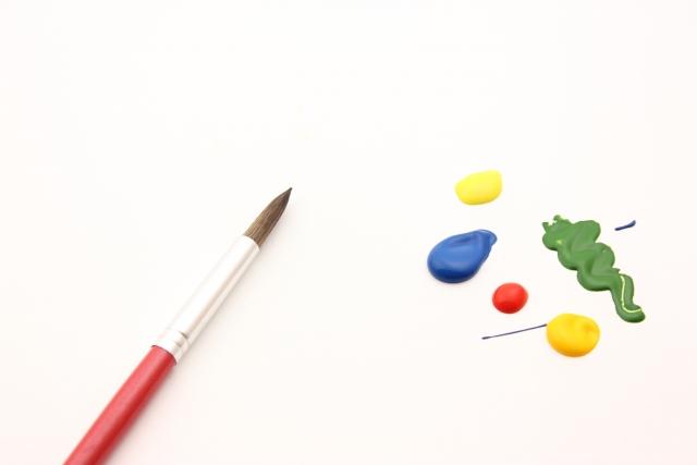 絵の具-水彩画-筆